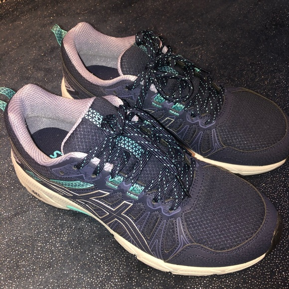 Asics Shoes - ASICS Women's Gel Sneaker. Size 8
